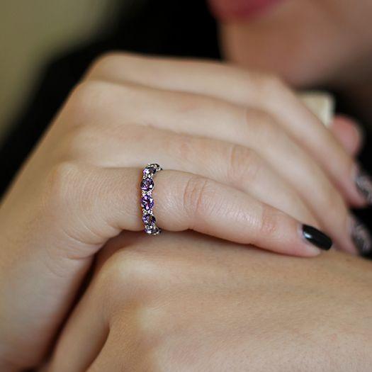 Серебряное кольцо с сиреневыми топазами Swarovski Веночек счастья