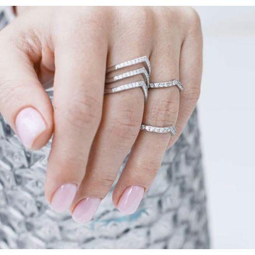 Срібна каблучка потрійна з камінням Ідилія