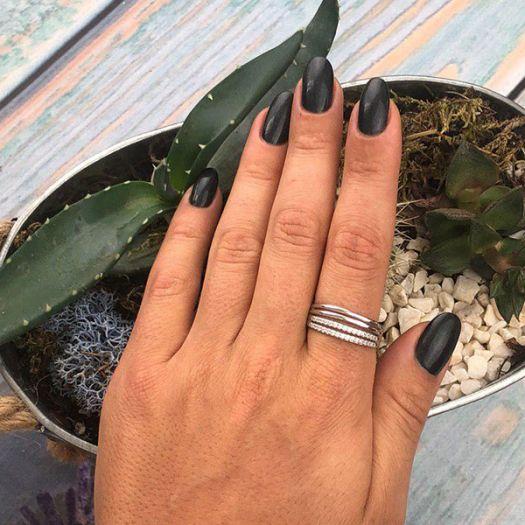 Серебряное кольцо с камнями Вилена