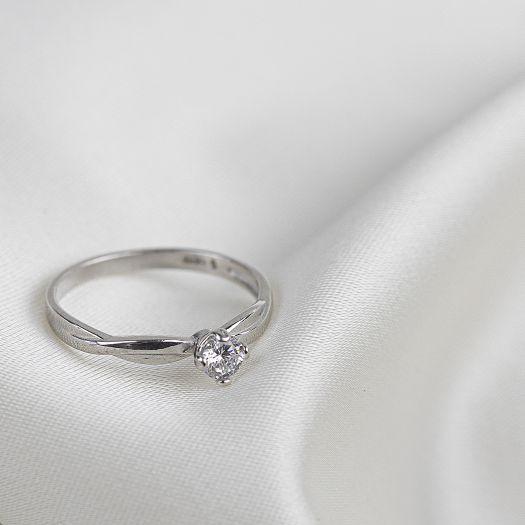 Срібна каблучка до заручин з каменем Афродіта