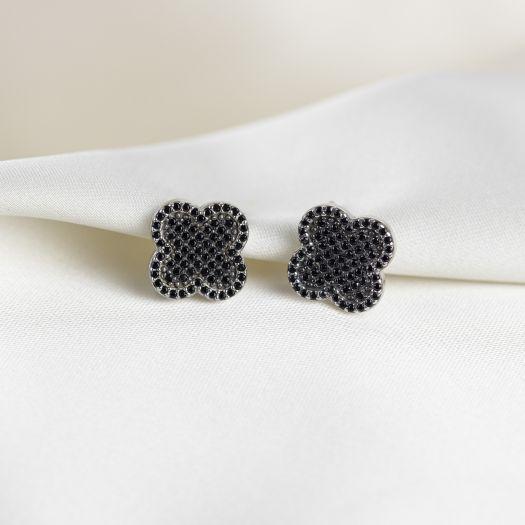 Срібні сережки з чорним камінням Чотириличник