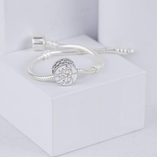 Срібний шарм з білою емаллю Дерево закоханих
